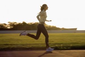 Бег задействует почти все мышцы и помогает сбросить лишний вес